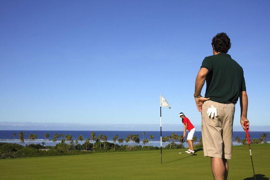 INTC20A_Golf (2)